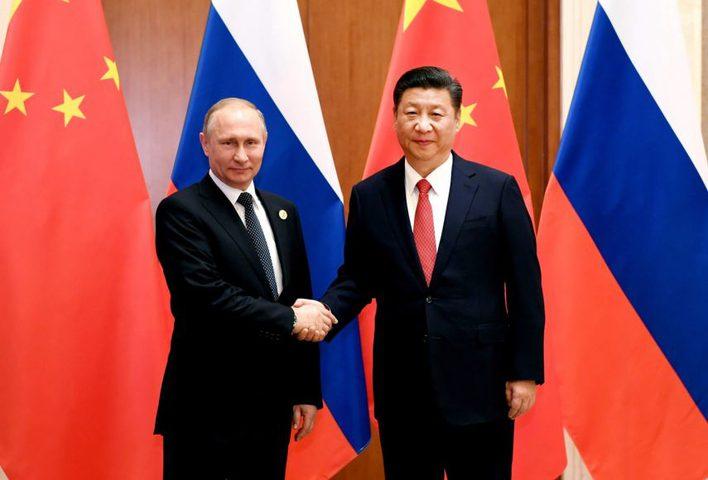 الصين وروسيا تعتزمان تقليل استخدام الدولار