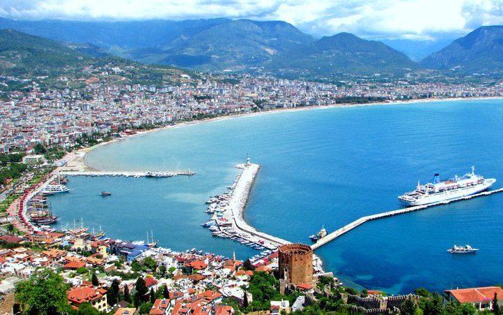 زلزال بقوة 5.2 درجة وقع قبالة سواحل ولاية أنطاليا