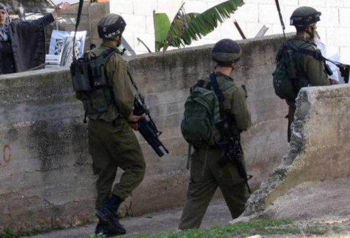 الاحتلال يسلم سبعة إخطارات هدم في اللبن الشرقية
