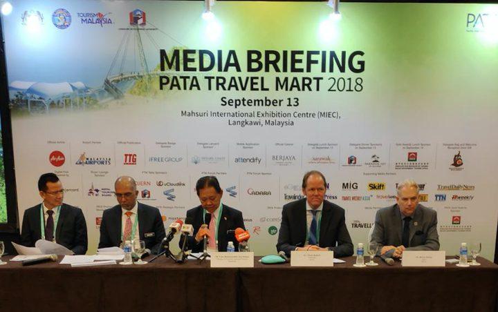 وزير السياحة الماليزية يدشن سوق السفر الآسيوي