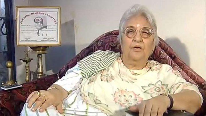 بروفيسورة هندية تموت على الهواء مباشرة !