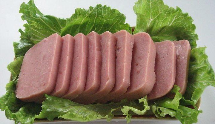 تنبيه: استيراد اللحوم المعلبة يحتاج لرخصة استيراد