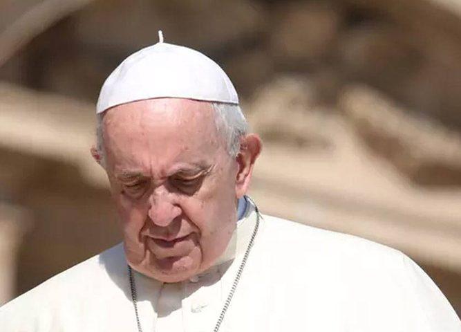 البابا يقبل استقالة أسقف متهم بالتحرش