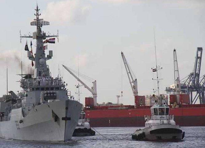 """""""تدريب عسكري"""" بين مصر وباكستان في البحر المتوسط"""