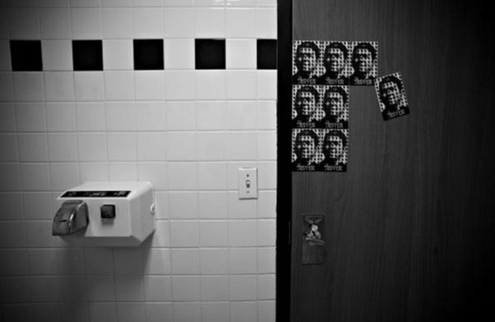 انتبهوا.. هذا ما تفعله مجففات اليدين بالحمامات