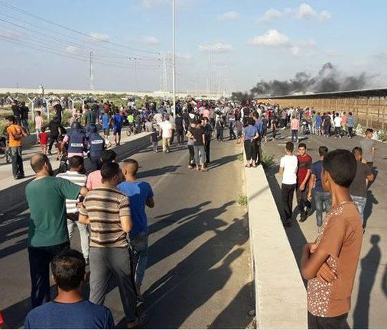 اصابات خلال تظاهرة حاشدة على حاجز بيت حانون