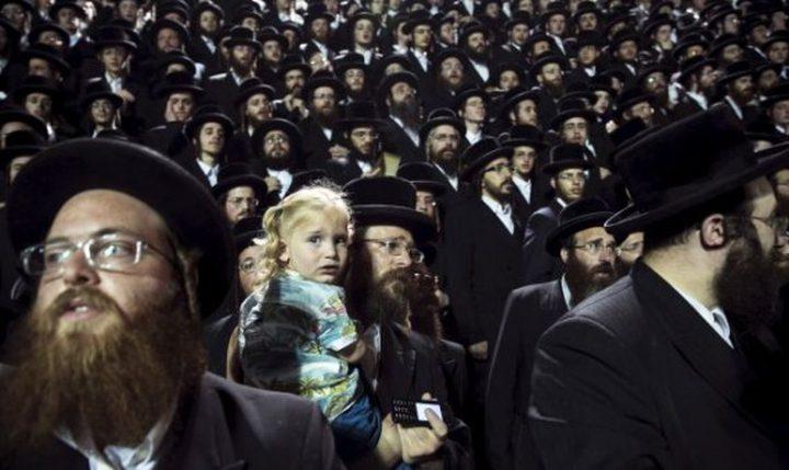 مستوطنون يستبيحون باحة البراق عشية الغفران العبري