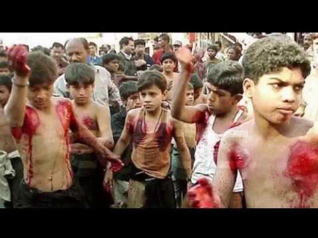 بحر دماء في ذكرى مقتل الحسين في كربلاء