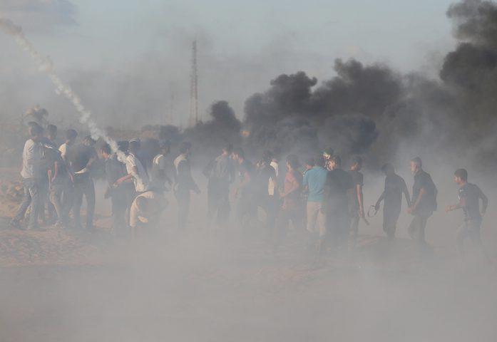 شهيد وعشرات الاصابات بقمع الاحتلال شرق قطاع غزة