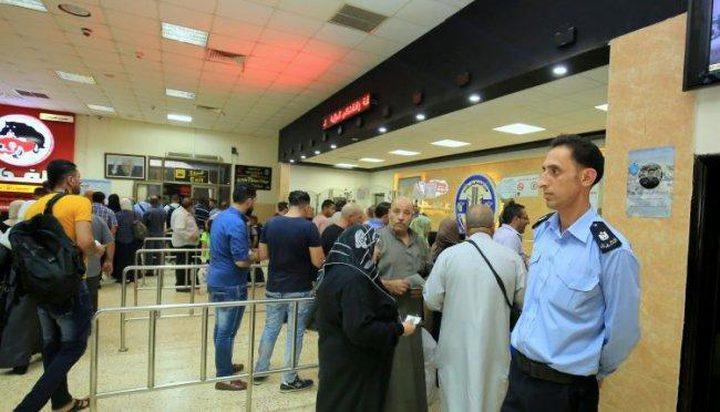 تنقل 2680 مسافر الجمعة على معبر الكرامة