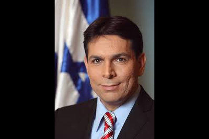 """الشرطة الإسرائيلية تبرأ """"داني دانون"""" من تهم الفساد"""