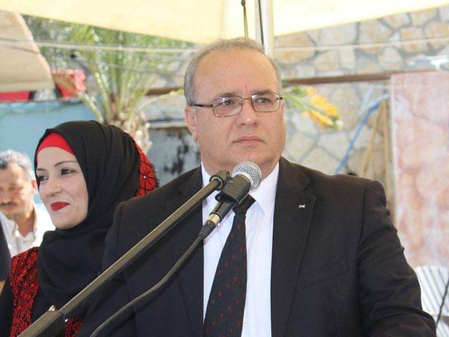 الشاعر: نعمل على حماية حقوق الطفل في فلسطين