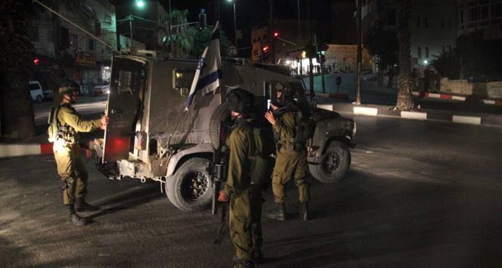5 إصابات إثر مطاردة الاحتلال لمركبة جنوب الخليل