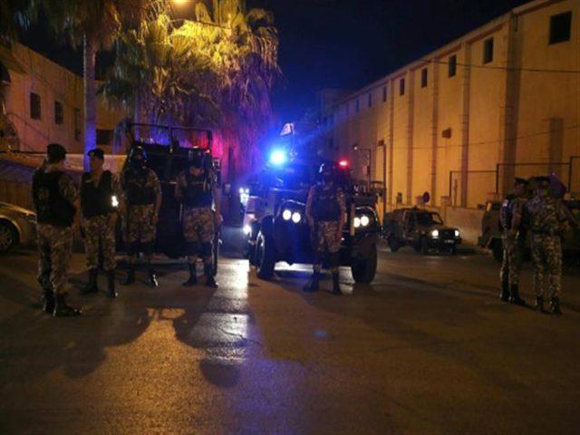 مقتل فلسطيني واصابة زوجته بجروح خطيرة بالاردن