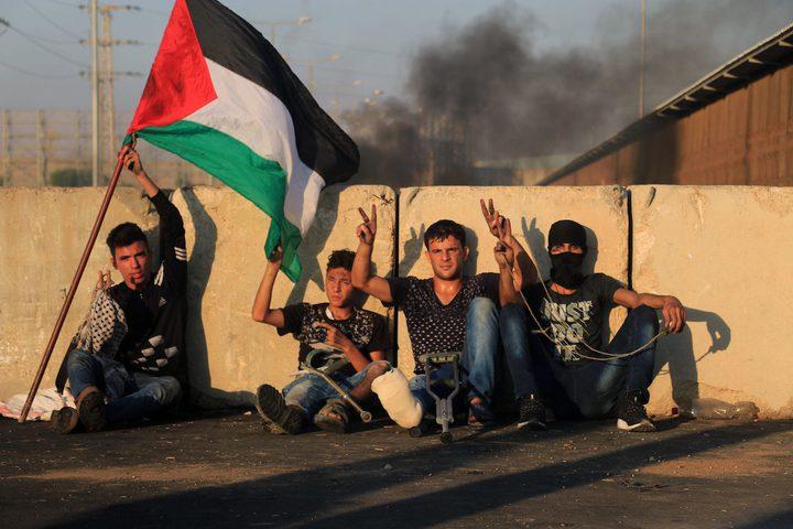 مواجهات بين قوات الاحتلال والشبان على حاجز بيت حانون احتجاجا على الحصار الاسرائيلي على غزة أمس