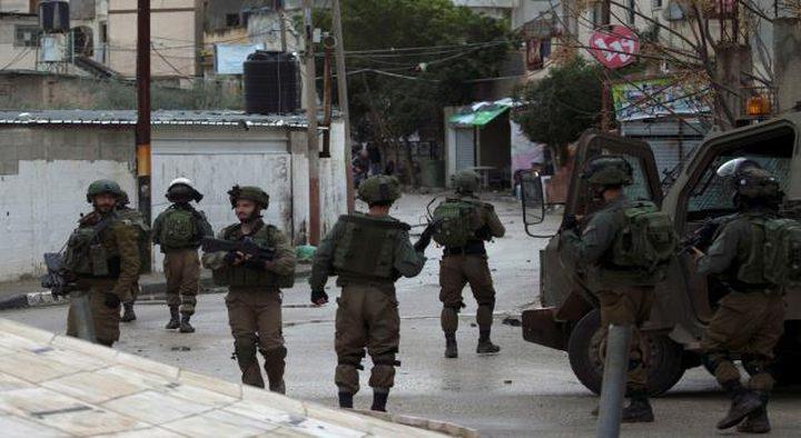 الاحتلال يقتحم حي بطن الهوى في مدينة رام الله