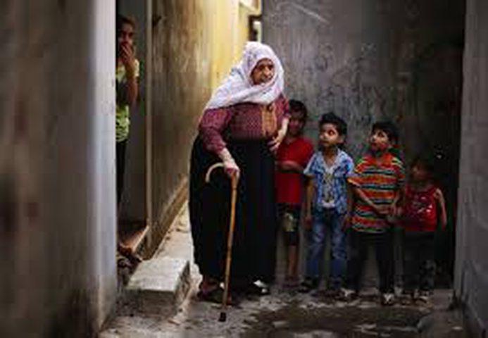 الإناث المسنات في فلسطين يغلبن الذكور المسنين