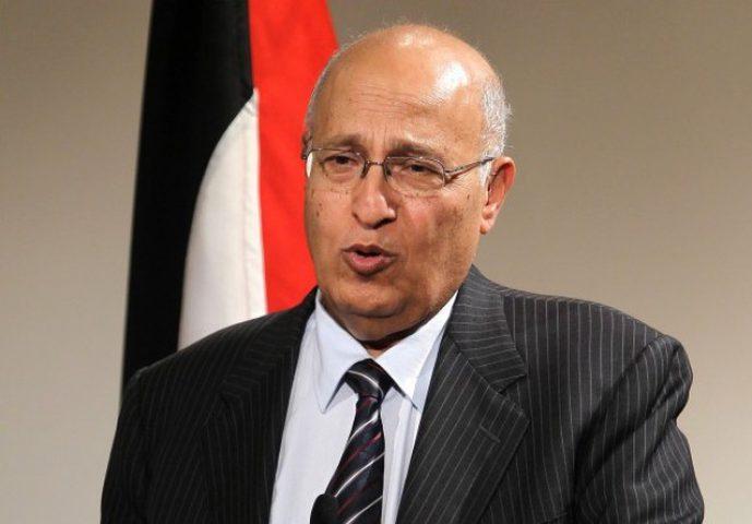 شعث يشارك في اجتماع المجلس الاعلى للاشتراكية