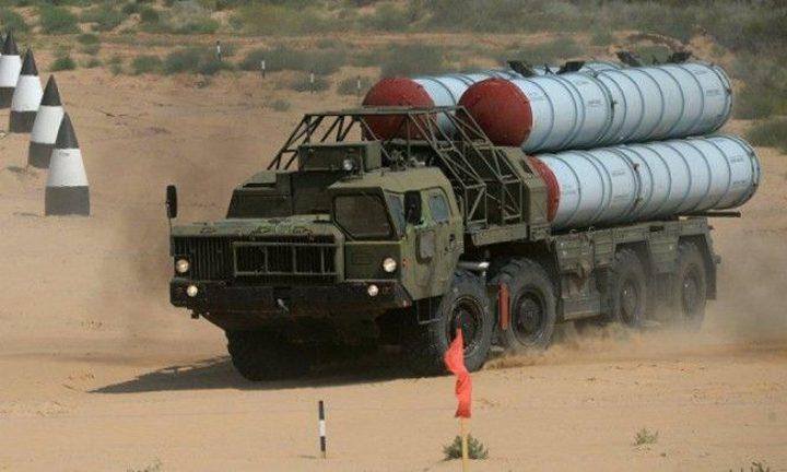 """مسؤول إسرائيلي: """"اس-300"""" تشكل تحدياً"""
