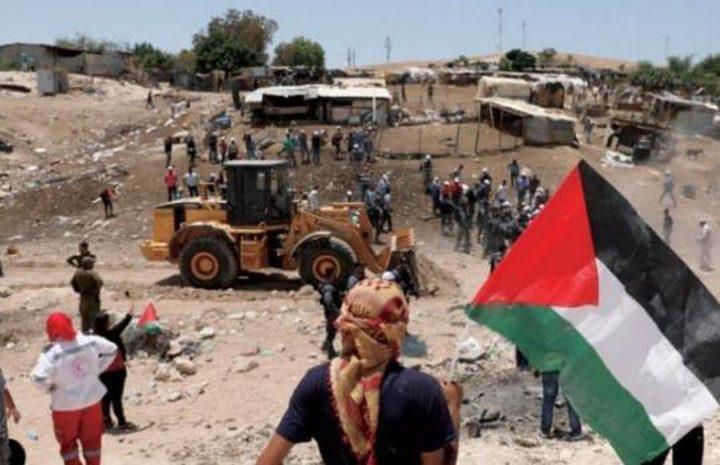 انتهاء مهلة الاحتلال لإخلاء الأهالي  الخان الأحمر