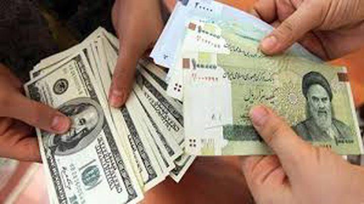 إيران تعلن عن إجراء جديد لجذب الدولار إلى اقتصادها