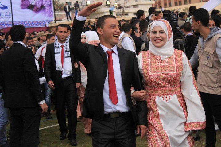 حركة فتح تقيم عرساً وطنياً جماعياً لـ360 عروسا