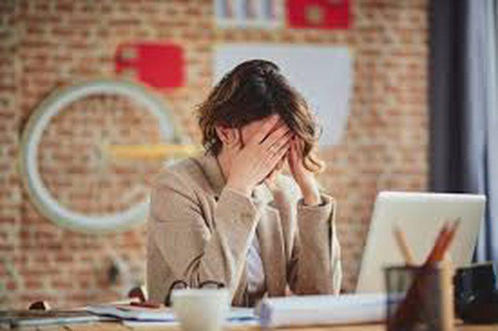 اجهاد العمل يقلل من فرص المرأة في الحمل بنسبة 25%