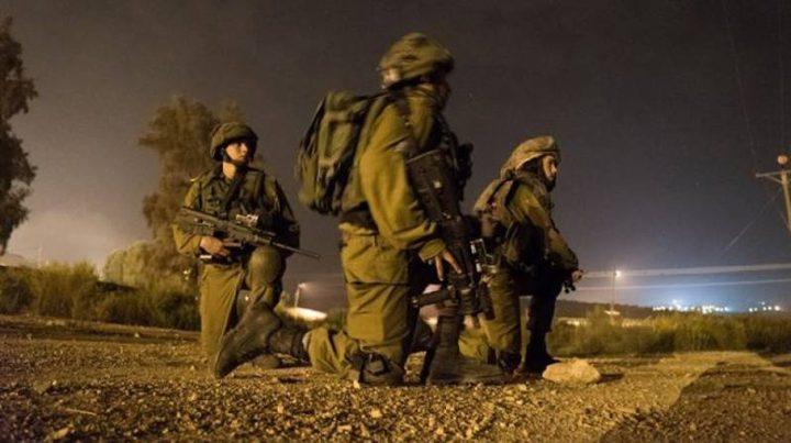 الاحتلال: اعتقال فلسطينيين اجتازا السياج شمال غزة
