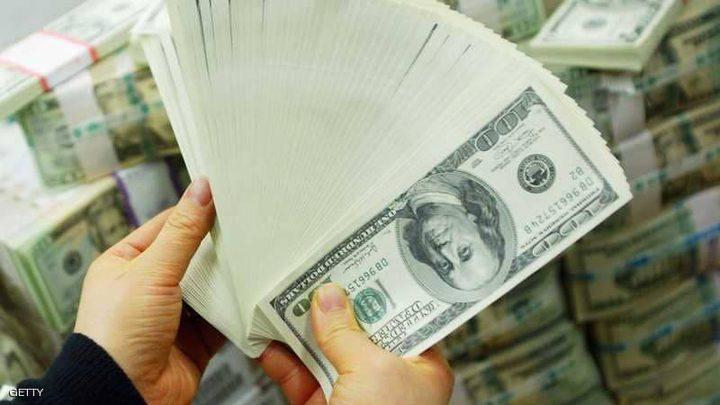 الدولار يتجه لأعلى مستوى في 10 أسابيع
