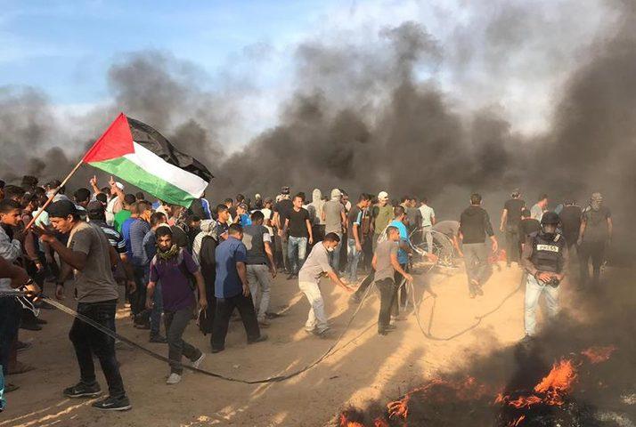 3 شهداء واصابة 376 مواطنًا على حدود قطاع غزة