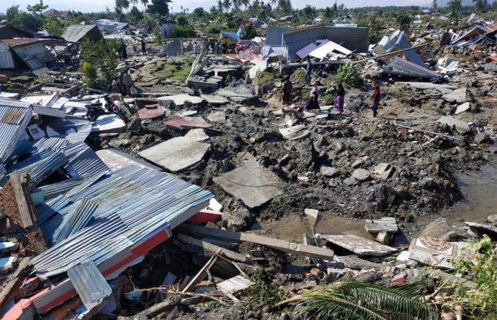 عدد قتلى زلزال إندونيسيا وصل لأكثر من 1570