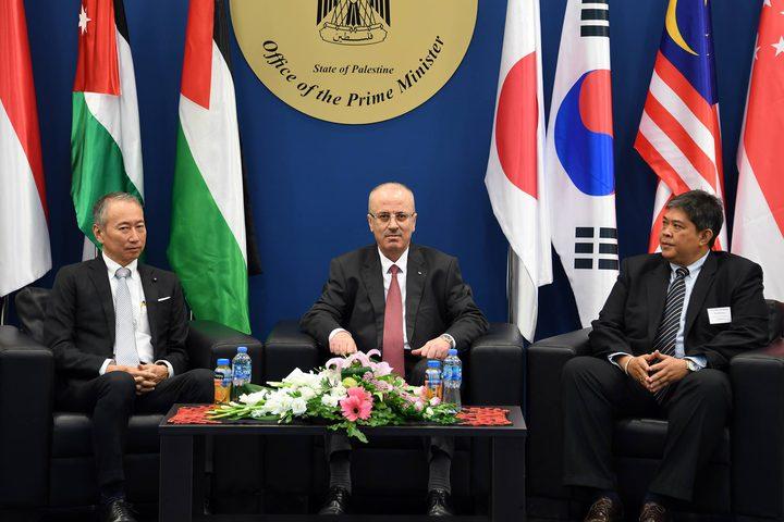 رئيس الوزراء رامي الحمد الله يطلق فعالياتمؤتمر (سيباد) في فلسطين.