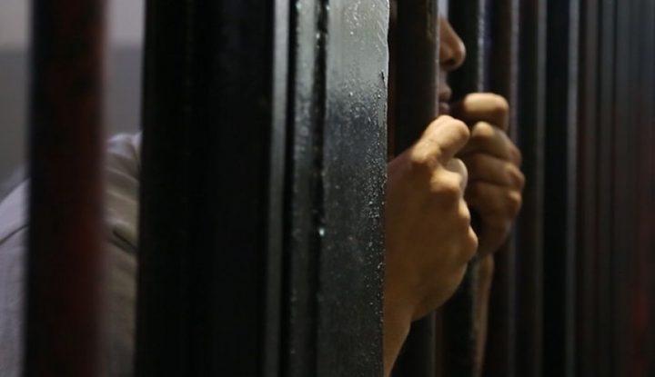 تمديد الاعتقال الإداري للأسير الطفل