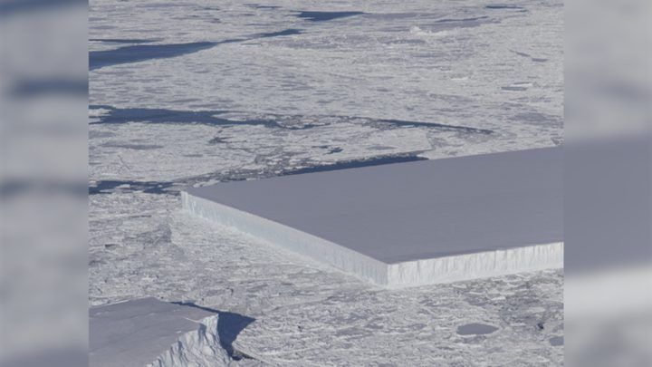 ناسا ترصد شكلا هندسيا غريبا لجبل جليدي