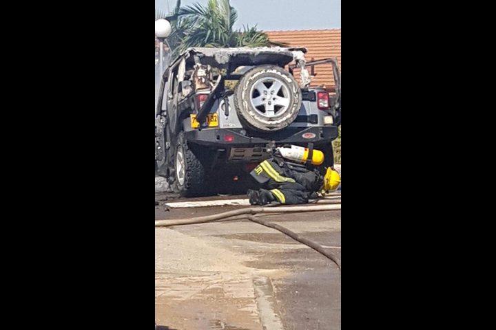 احتراق مركبة ضابط إسرائيلي بفعل بالون حارق