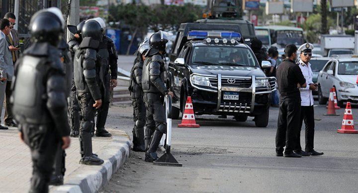 الشرطة المصرية تعتقل 8 نساء مقربات من الإخوان