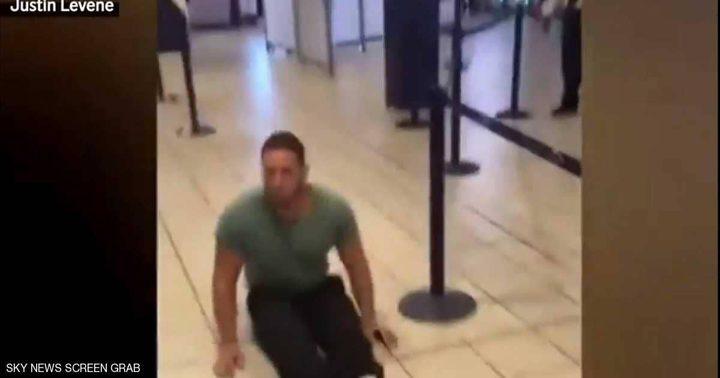 """رجل مشلول يقاضي مطارا دوليا بسبب """"إهانته""""!"""