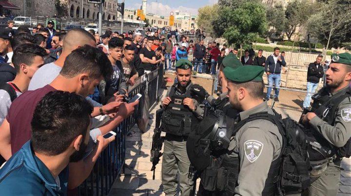 اصابات خلال اقتحام الاحتلال لمقر محافظة القدس