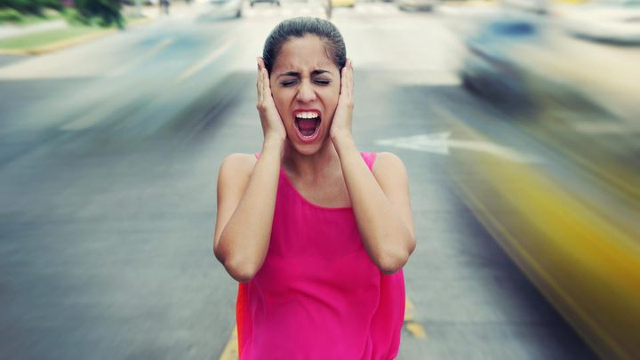 تحذير من ضوضاء المرور.. تزيد خطر الإصابة بالاكتئاب
