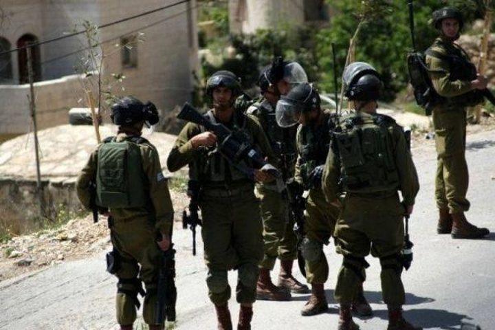 """الاحتلال يقتحم مدرسة """"ابزيق"""" شرق طوباس"""