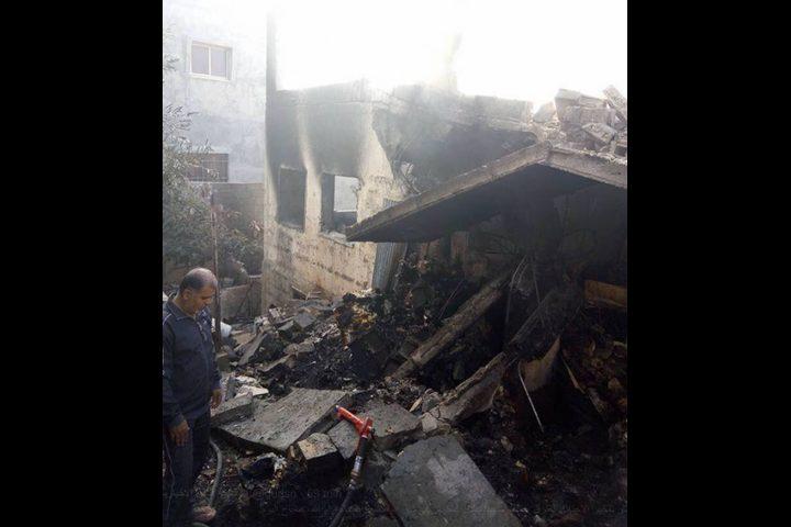 الاحتلال يشرع بهدم أساسات منزل في بلدة الزعيّم