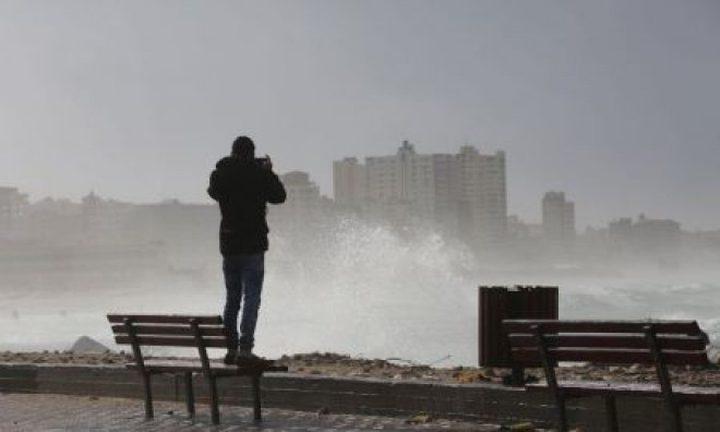 حالة الطقس: أجواء غائمة وباردة وأمطار اليوم وغدا