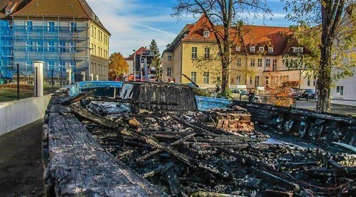 إضرام النار في قارب للاجئين بمدينة ألمانية