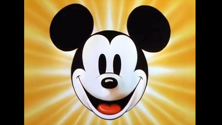 """نيويورك تحتفل بعيد ميلاد """"ميكي ماوس"""" التسعين!"""