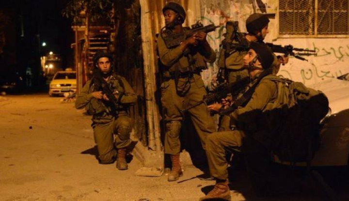 قوات الاحتلال تقتحم قلقيلية الليلة