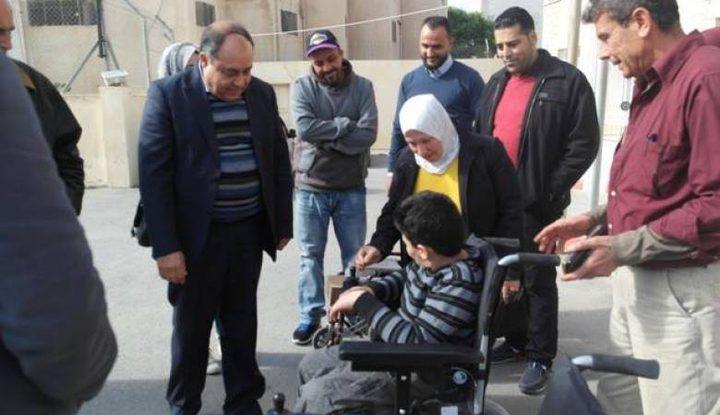 تسليم مكرمة رئاسية لذوي الإعاقة الحركية