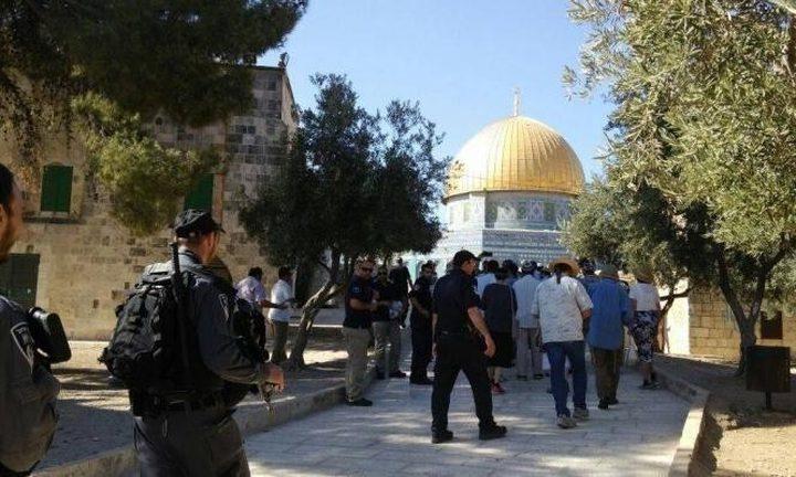 الاحتلال يعتقل طالبا من داخل المسجد الأقصى