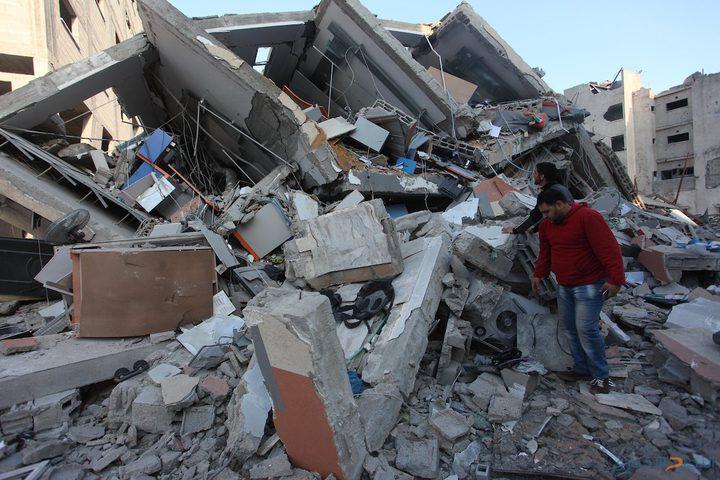 الحكومة تحذر من العدوان الجنوني على غزة