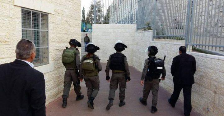 الاحتلال يعرقل دخول طلاب ومعلمي مدرسة قرطبة