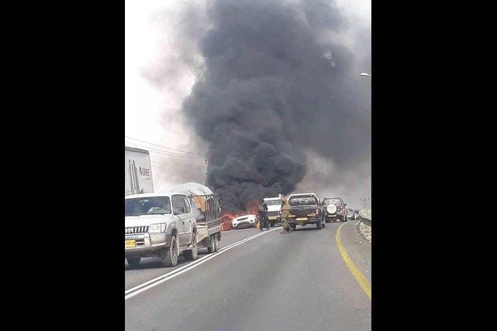انفجار سيارة بالقرب من جيت والاحتلال يقتحم القرية